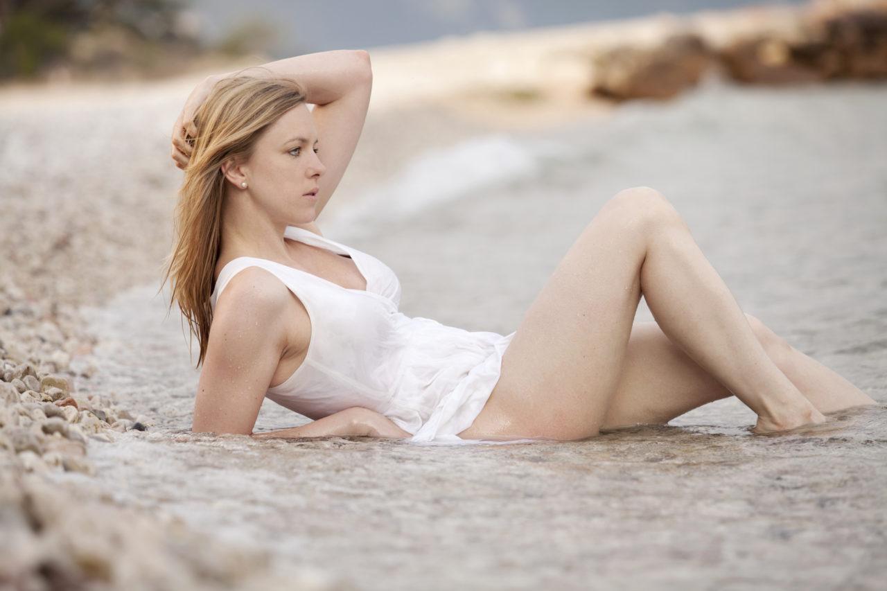 Nadine Petry am Strand